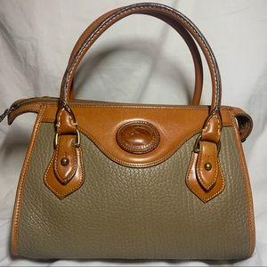 Vintage Dooney and Bourke olive tan shoulder purse